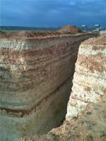 Так выглядит хозяйственно прорубленный проход в заповедных скалах возле мыса Фиолент