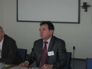 виступає перший заступник начальника с.-г. інспекції Мінагрополітики України, національний координатор програми ENPI-FLEG в Україні Ю. Марчук