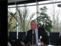 виступає консультант Світового банку Валерій Подкоритов